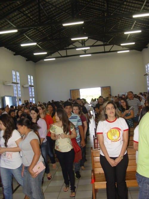 Missa de Envio Da Crisma 2014